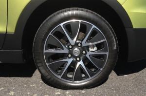 suzuki-sx4-s-cross-2014-wheel