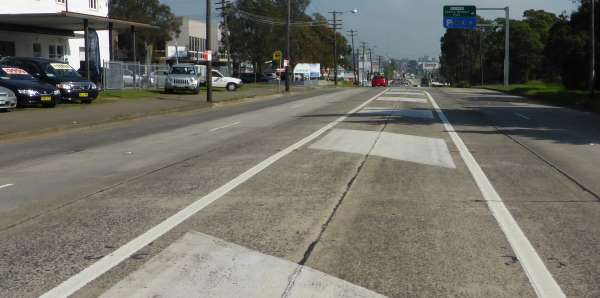 straight road from median strip no cars